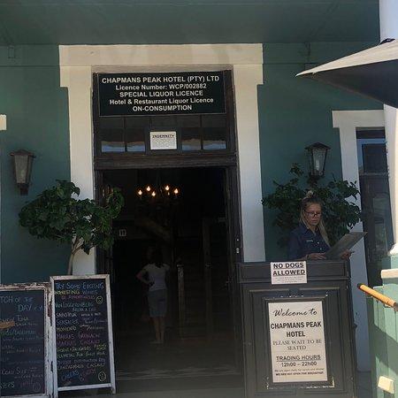 chapmans peak hotel restaurant reviews