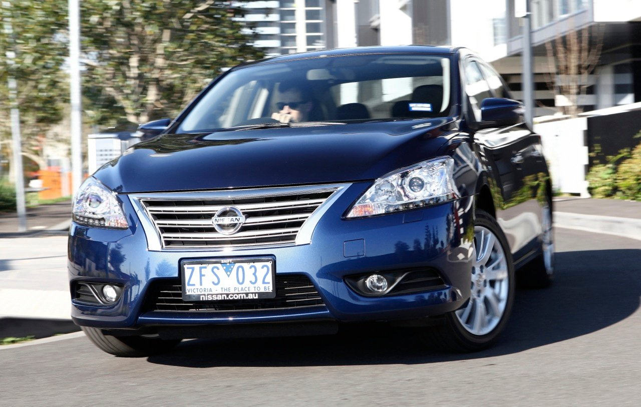 2013 nissan pulsar b17 st review
