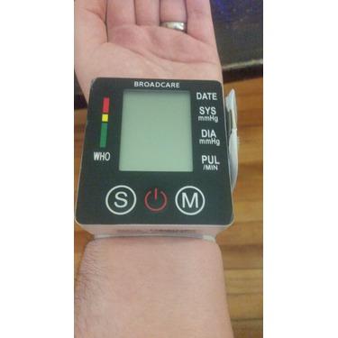 digital wrist blood pressure monitor reviews