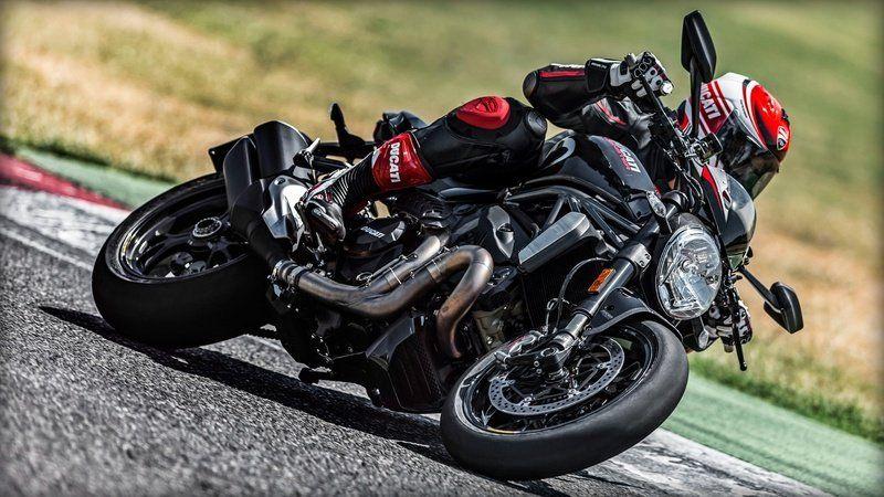 2017 ducati monster 1200 r review