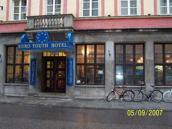 euro youth hostel munich reviews