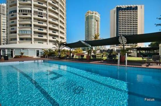 copacabana apartments surfers paradise reviews