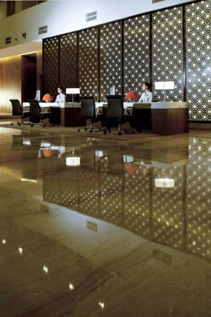 fraser suites new delhi review