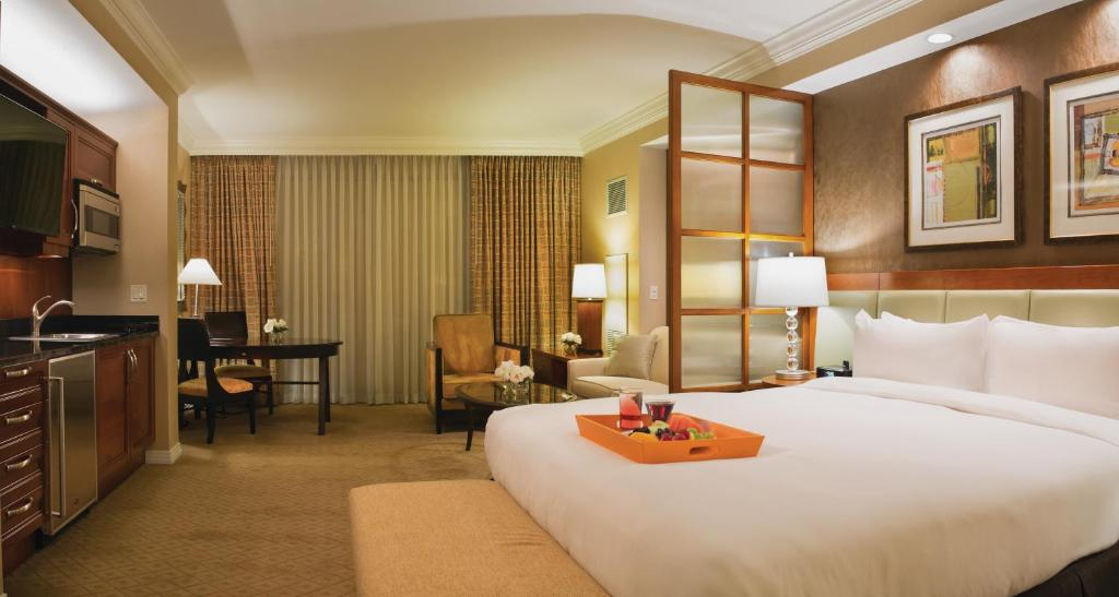 signature mgm grand las vegas reviews